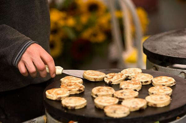 Dydd Gwyl Dewi Hapus. Happy St David's Day.  Here's a picture of some welshcakes to celebrate. You're welcome #wales http://t.co/cCBLRnPfYr