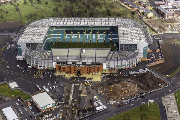 Celtic Park from the air yesterday wow ! http://t.co/Br2M4QVESG