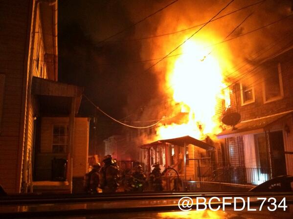 Photo of the 2 alarm house  fire with multiple fatalities this morning in #CurtisBay #Baltimore @BaltimoreFire http://t.co/SiXu8Oj3lU