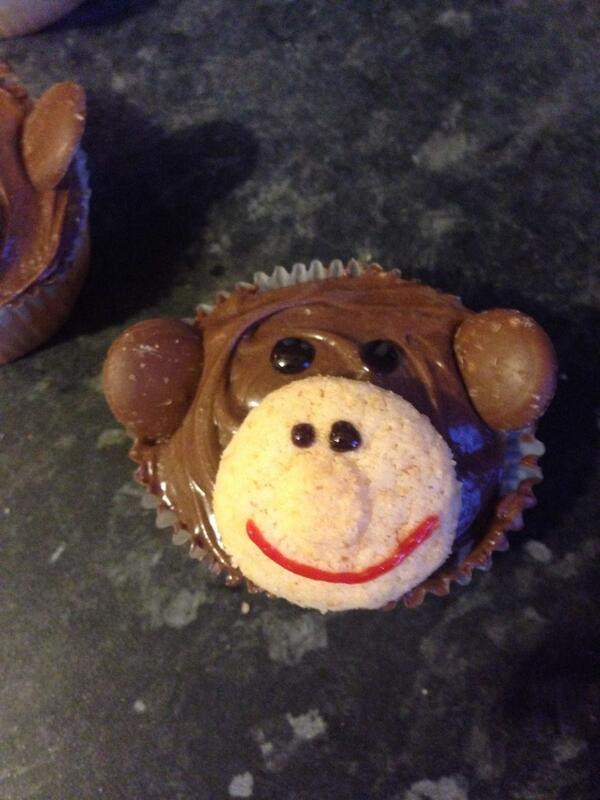 Monkey Wars inspired cakes all done for London YLG unconference tmw. Definitely my best yet #ylglun14 http://t.co/ivtCh3PtDc