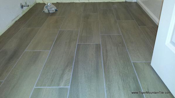 Random Offset Of Porcelain Wood Plank Tiles