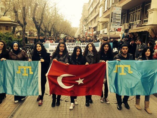 Первые акции протеста против действий России прошли в Турции