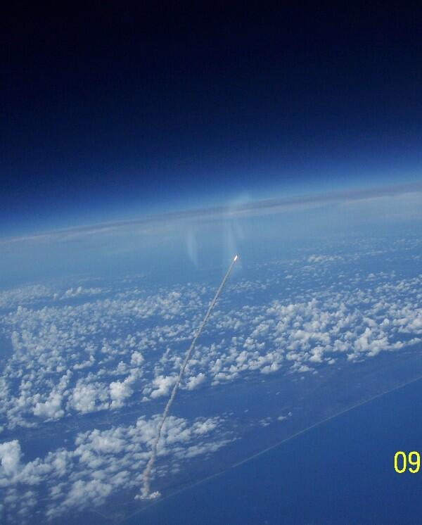 For those of you who never got to see this now historic, out-of-this-world view of a SpaceShuttle launch, voila! http://t.co/3sv41jUIic