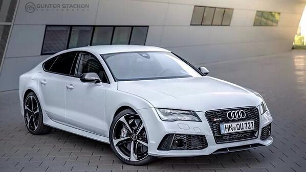 Power never looked so good: #Audi RS 7 Sportback via @gentic77 http://t.co/8HpoUxHyxD