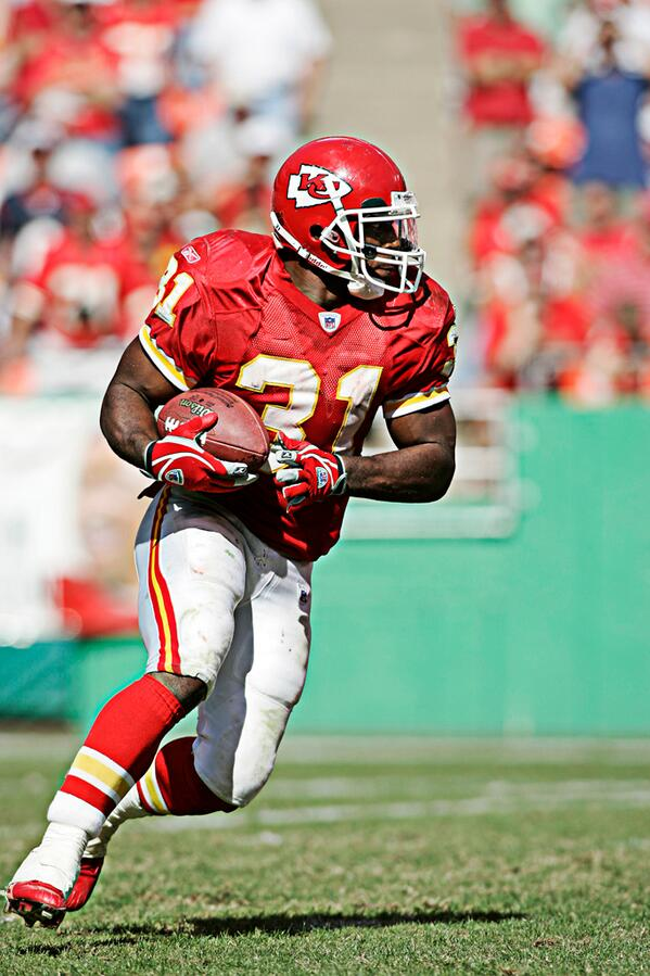 "82221887065 ""@KCChiefs: RT to congratulate Priest Holmes on being named the 2014  inductee into the #Chiefs Hall of Fame. pic.twitter.com/cyDb0khbzP""the man!"