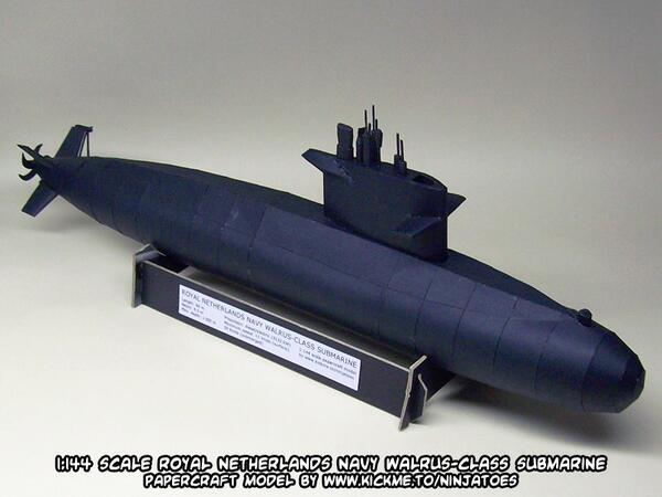 Walrus-class Submarine Papercraft