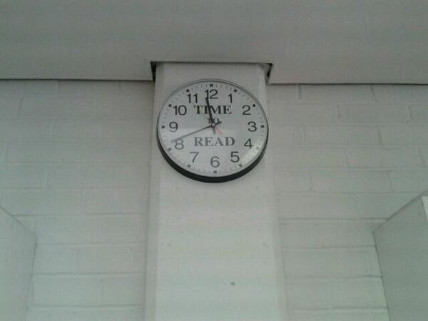 Heading home frm @YLGLondon  #ylglun14. Thanks to everyone that came. As the Balham Library clock says: Time to read! http://t.co/3Sgf6YO7w1