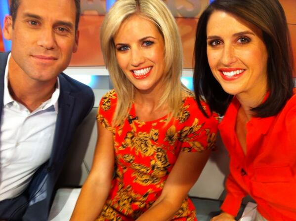Monday 6am selfie ! Join us @businessnadine and @GregBoyed http://t.co/WphiygAwBU