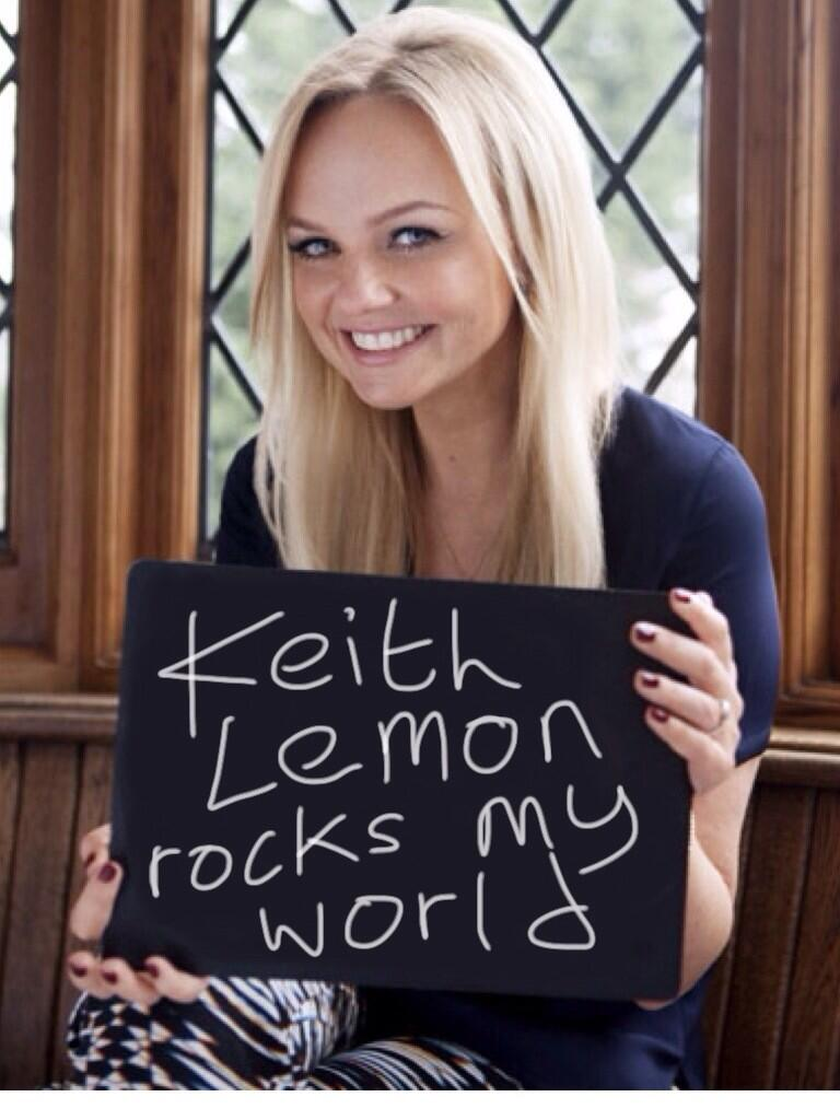 FAF lady of the day @EmmaBunton then the papa came, then the mama came, then the cousin came, then I did http://t.co/Jp0dkYeiCk
