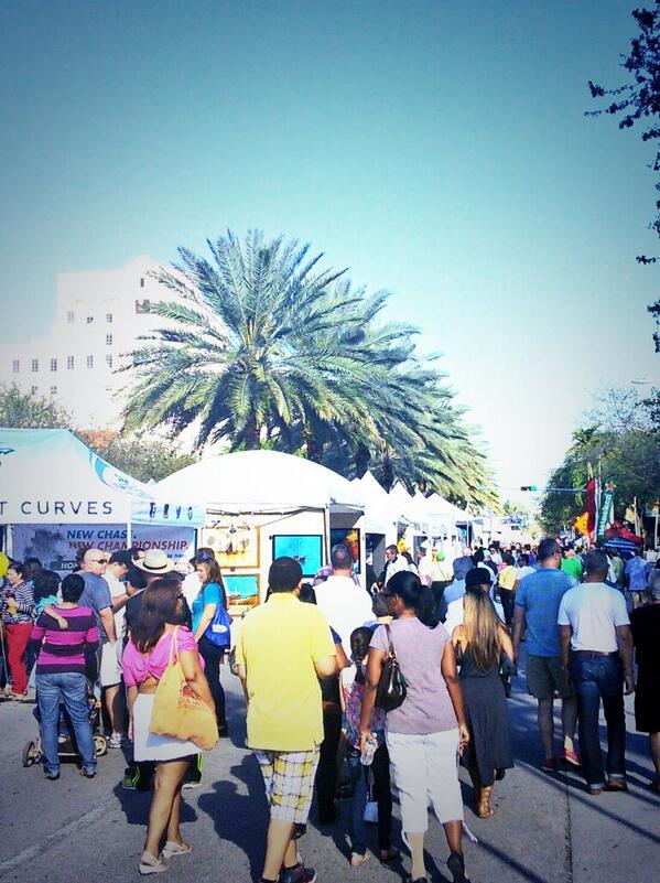 Can't wait to go back to @CarnavalMile later today #OnlyinMiami with @grantstern http://t.co/8EM4WX4cux