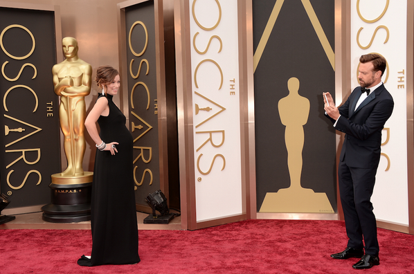 Most adorable couple award! #Oscars http://t.co/fal6jlYUDD