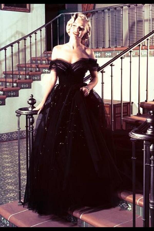 #Oscar Flashback #MarilynMonroe 1951 #gown #fashion http://t.co/FHTET1Ln44