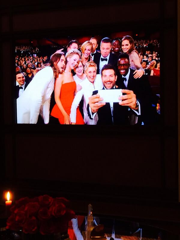 Brilliant. #oscars #retweets http://t.co/qZUC4EVOch