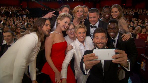 This Selfie was AMAZING!!  #Oscars  http://t.co/ahbCadNPPp
