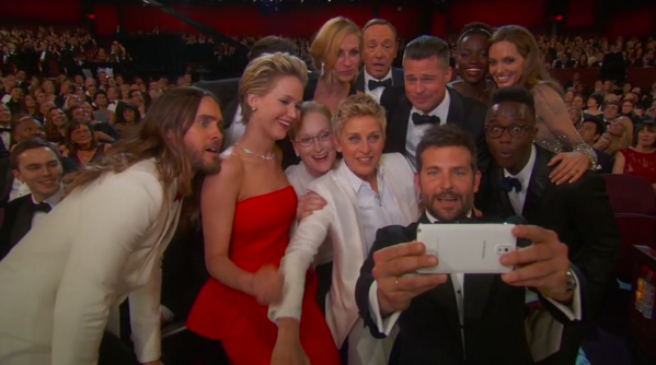 We're pretty sure this is going to break the internet. #Oscars http://t.co/6YsvACPiWD