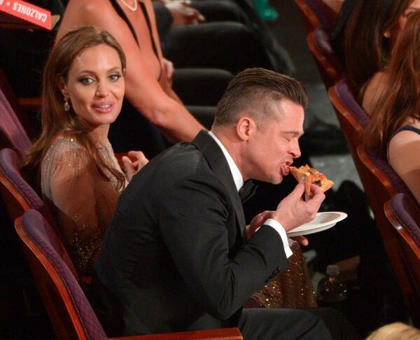 Lucky pizza… @roxanne_morin @feri1793  http://t.co/vNGN8uj01O