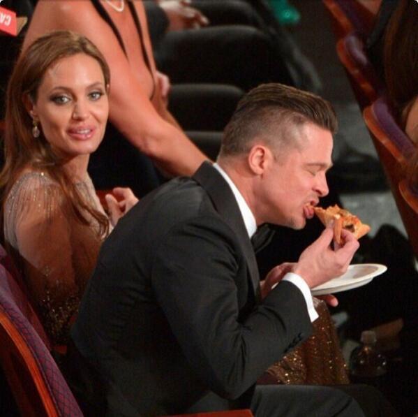"""This Pizza tho..."" - Brad Pitt http://t.co/ue9u5Frbfh"
