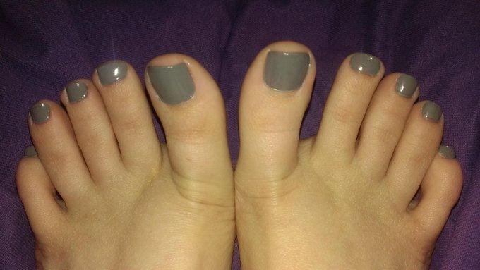 Foot addicts rejoice! http://t.co/mon9f4jJAR