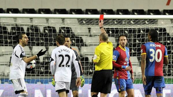 Swanseas Chico Flores turns to social media to bemoan Crystal Palaces controversial penalty decision [Picture]