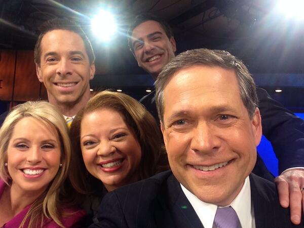 .@13wham morning crew attempts to break twitter with selfie.  Not a completely original idea! http://t.co/terxNFh4xp