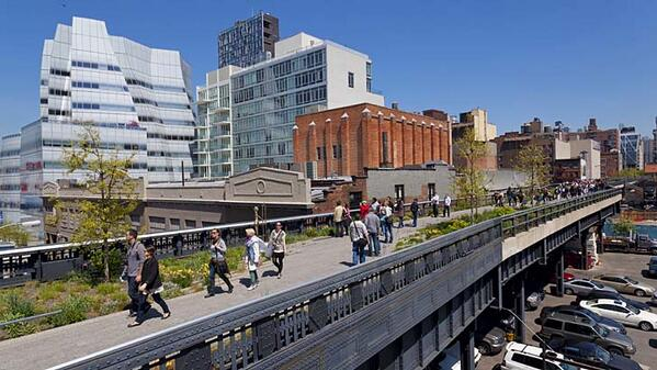 Can Sydney's version of the High Line measure up to New York's? @lancerichardson's take http://t.co/Terlb63NsC http://t.co/NKjNfD1Vim