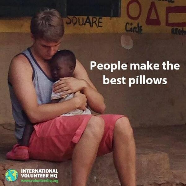 People make the best pillows http://t.co/vhlpyvzIIX