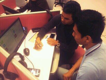 Language Hacking at UTM Skudai for #FirefoxBM @twt_utm @firefox http://t.co/fnNgw7Rt3j