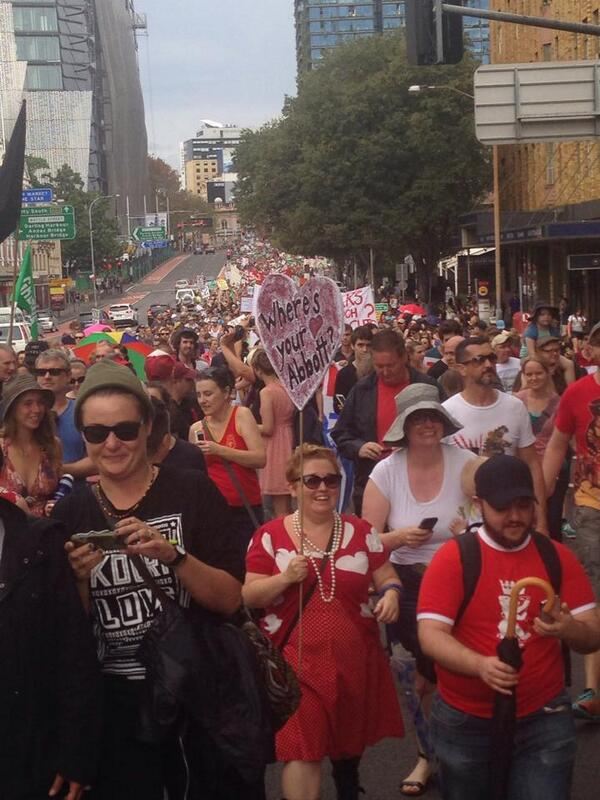 the long #Sydney line for #marchinmarch http://t.co/EI835B22CX