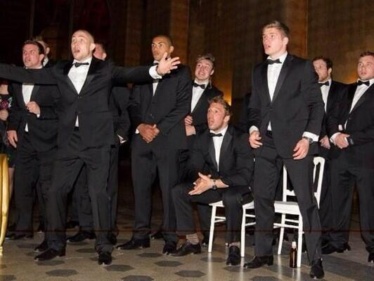 Love the reaction of the England players lol I'm guessing this is at the point of the forward pass http://t.co/7bXr9Kq8iZ