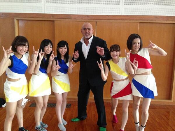 同じく本日の試合で華を添えてくれた、九州で活動しているアイドルLinQのみんなと!