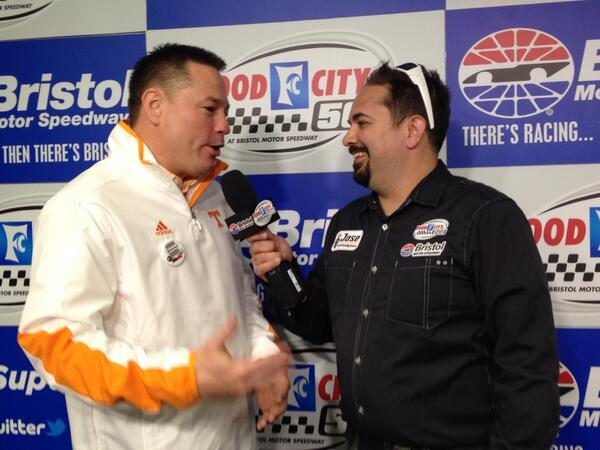 Here's @UTCoachJones with @thinkJose at @BMSUpdates talking @BattleAtBristol & #FoodCity500 http://t.co/5TuZRpoASI