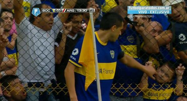 Too Cute! Boca legend Roman Riquelme made a lovely gesture to a young fan v Argentinos Jrs