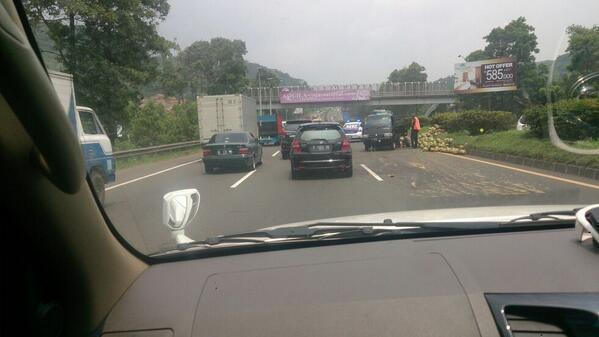 Kisah Misteri Di Jalan TOL CIPULARANG - AnekaNews.net