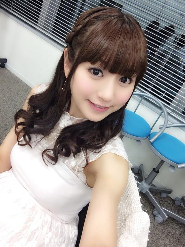 ( •ॢ◡-ॢ)<最後のnottv「アイドル☆リーグ!」22:00〜見てね☆   #アイドルリーグ で生放送中つぶやいてね♪