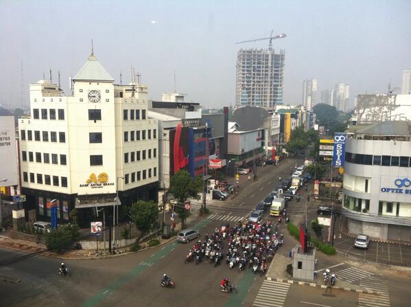 ジャカルタの朝。 http://t.co/bqzQOZDL0Z