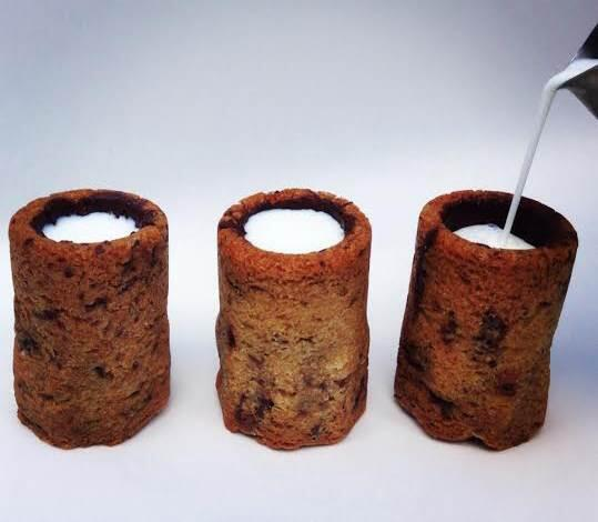The Cronut genius creates a whole new way to enjoy cookies and milk. http://t.co/P1E52zgE4k http://t.co/495VZYoOy3