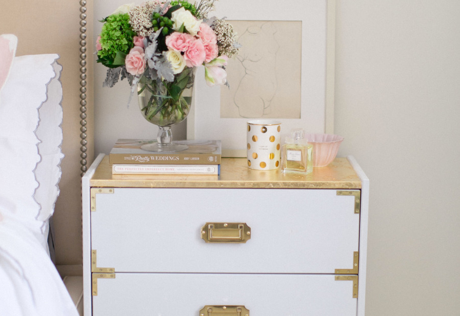 RT @smpliving: A dreamy @DesignByIKEA hack that ANYONE can do! http://t.co/bzooTUtt5K http://t.co/lzFisE0GlQ