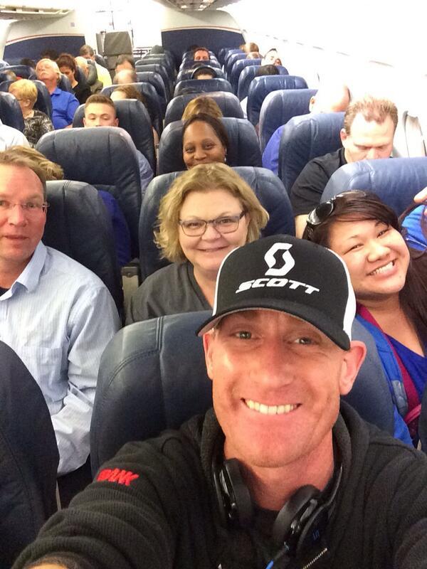 Help us break Ellen's selfie RT record.  Sincerely,  @USAirways delayed 4 hrs/3 planes/Terminal sprint Flight 835. http://t.co/GuZj6H9nmm