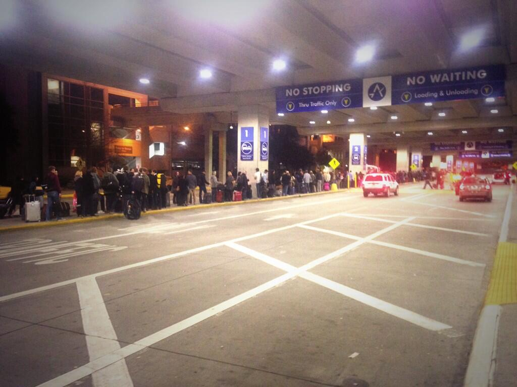 RT @advermatt: Seriously epic queue for the taxis at #Austin #SXSW http://t.co/3N3gF5IQWu