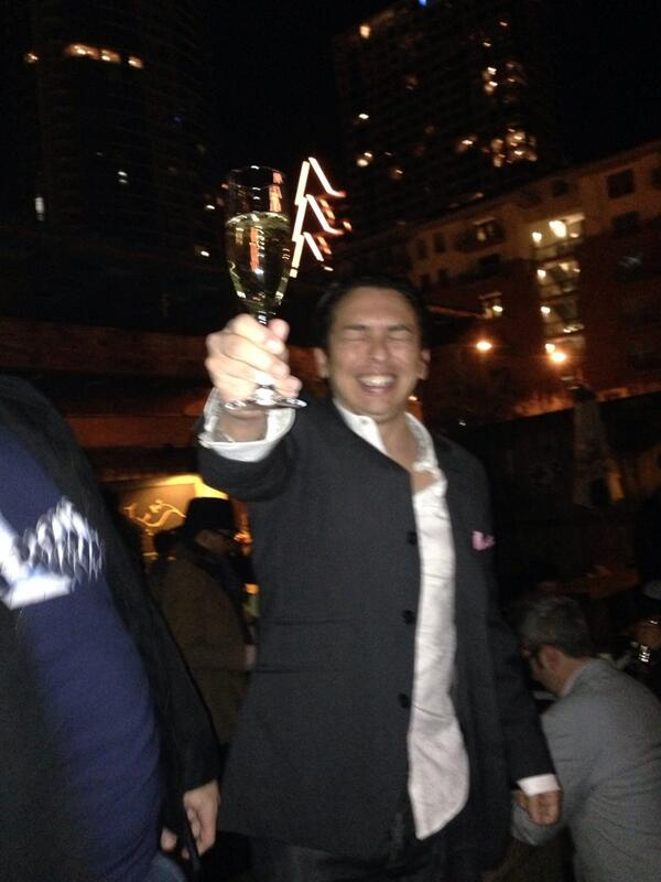 @briansolis announces his excitement about http://t.co/4UG1srtaS2!! Turns water into wine! Wahoo! #mm #sxsw http://t.co/5imUE68lEa