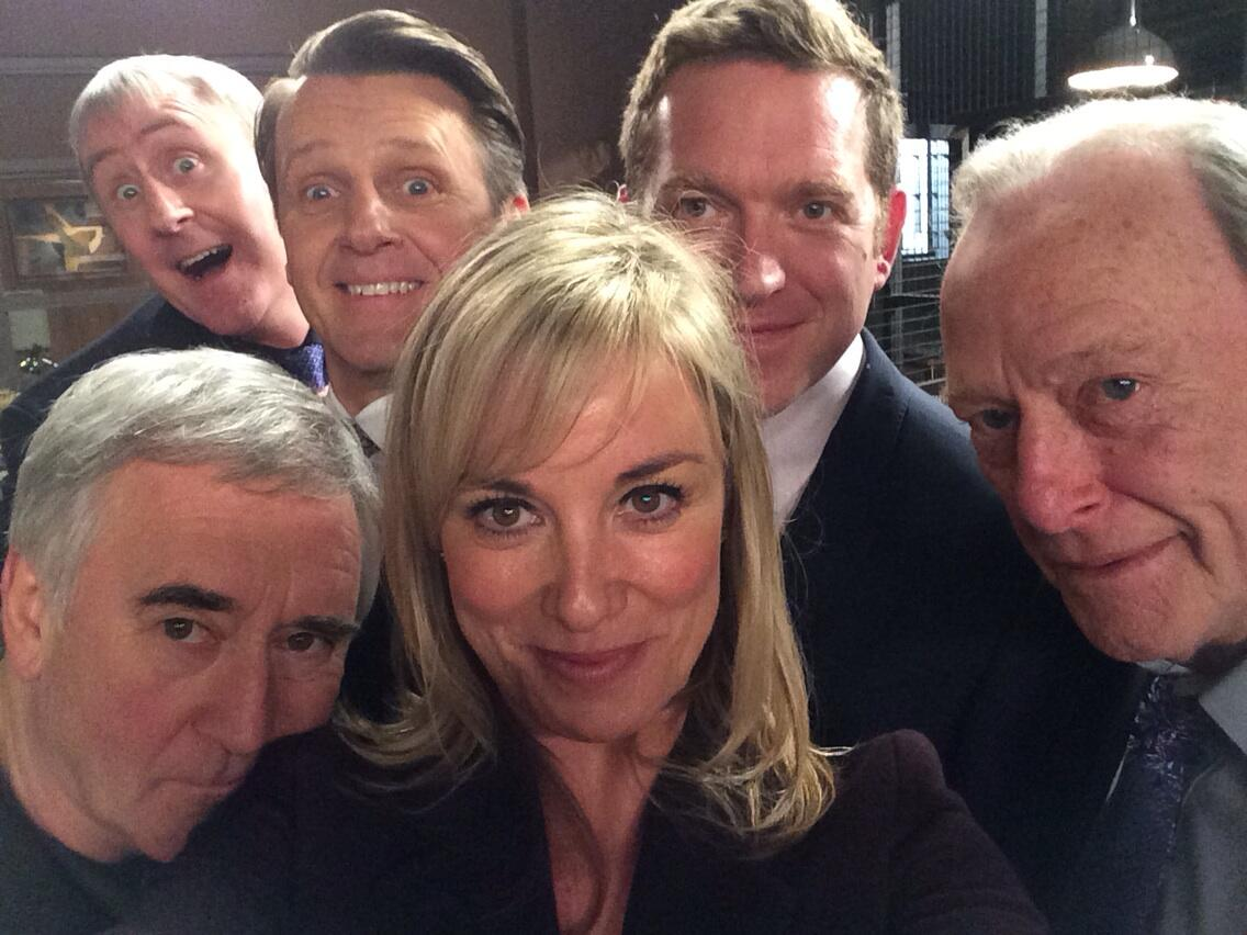My playmates today! #NewTricks #oscarsselfie http://t.co/FmBBzUNABe