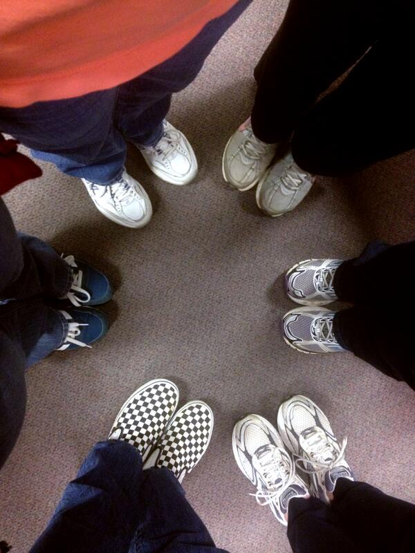 We're sporting #UTSneakers today at @UTRF! @AmericanCancer http://t.co/kBmRfDUfyp