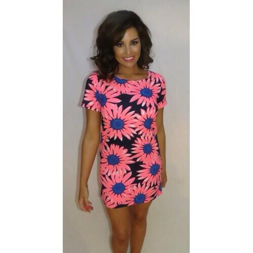 RT @WithLove_Jess: Flower Power Dress now back in stock @MissJessWright_  available here while stock lasts £35 http://t.co/B10yqHHrC4 http:…