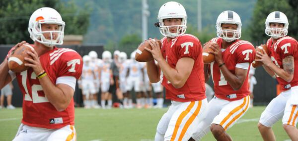 Loads of stories on start of spring ball for #Team118. Read up in the #Vols Friday Briefing: http://t.co/p7JrBF8aVy http://t.co/Gr1gTkdArW
