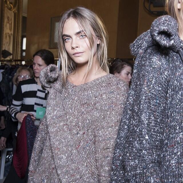 RT @wmag: Backstage at @StellaMcCartney with @CaraDelevingne. See more behind-the-scenes photos by @gregbac... http://t.co/bLR2yx3vQZ