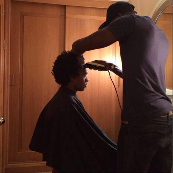 Willian is shaving off his Afro ahead of Chelsea   Spurs