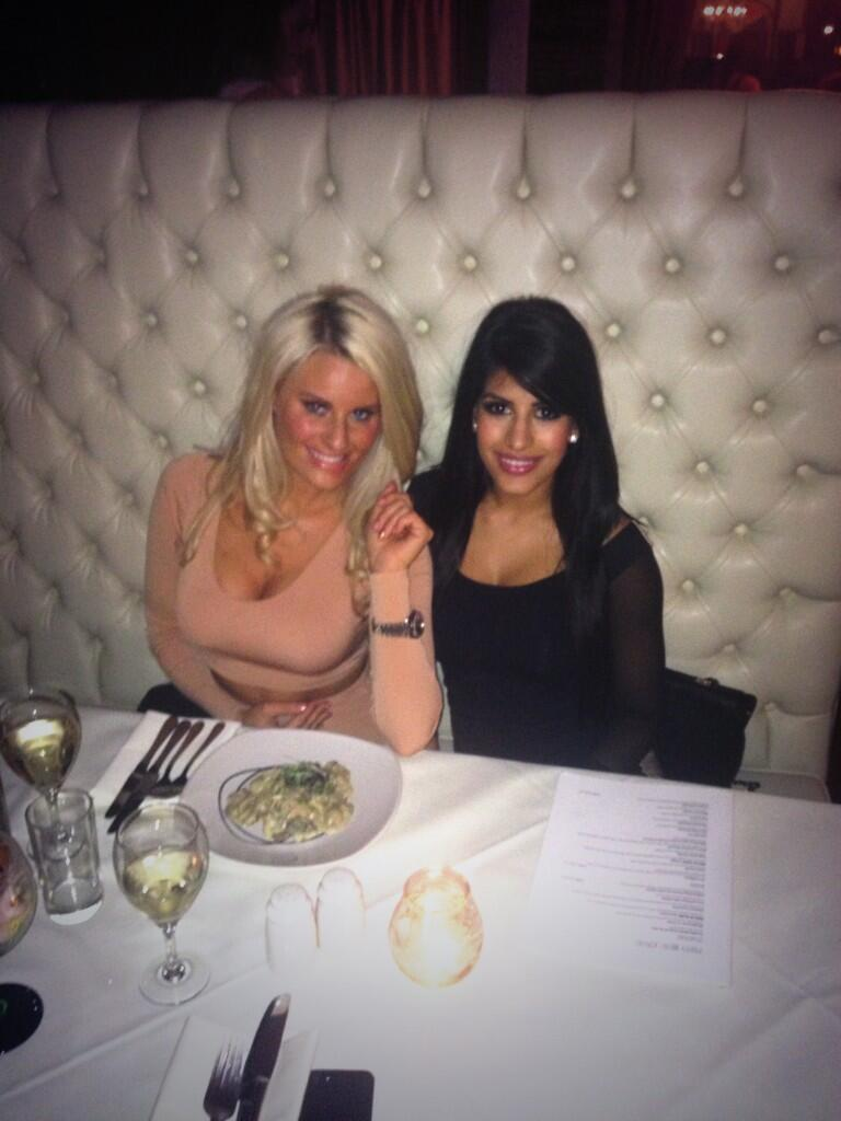 RT @Daniarmstrong88: Me and @jasminwalia having dinner @Brickyard_Essex #mushroomontoast 😋 http://t.co/ICry3Vc01K