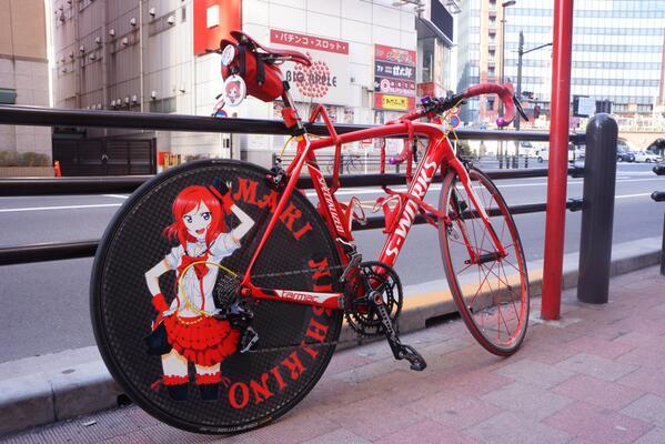 アソビットシティ前のラブライブ!痛チャリ 真姫ちゃん #akiba #lovelive pic.twitter.com/gMEXRRZaSl