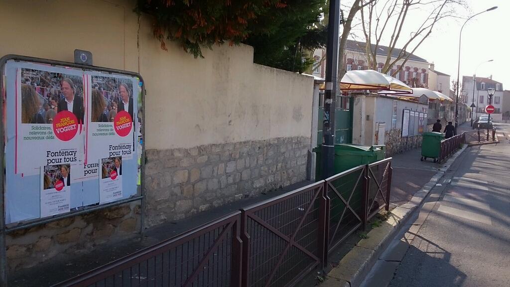 Utilisation frauduleuse des panneaux d'affichage officiel BiM34sMIgAAbiTa