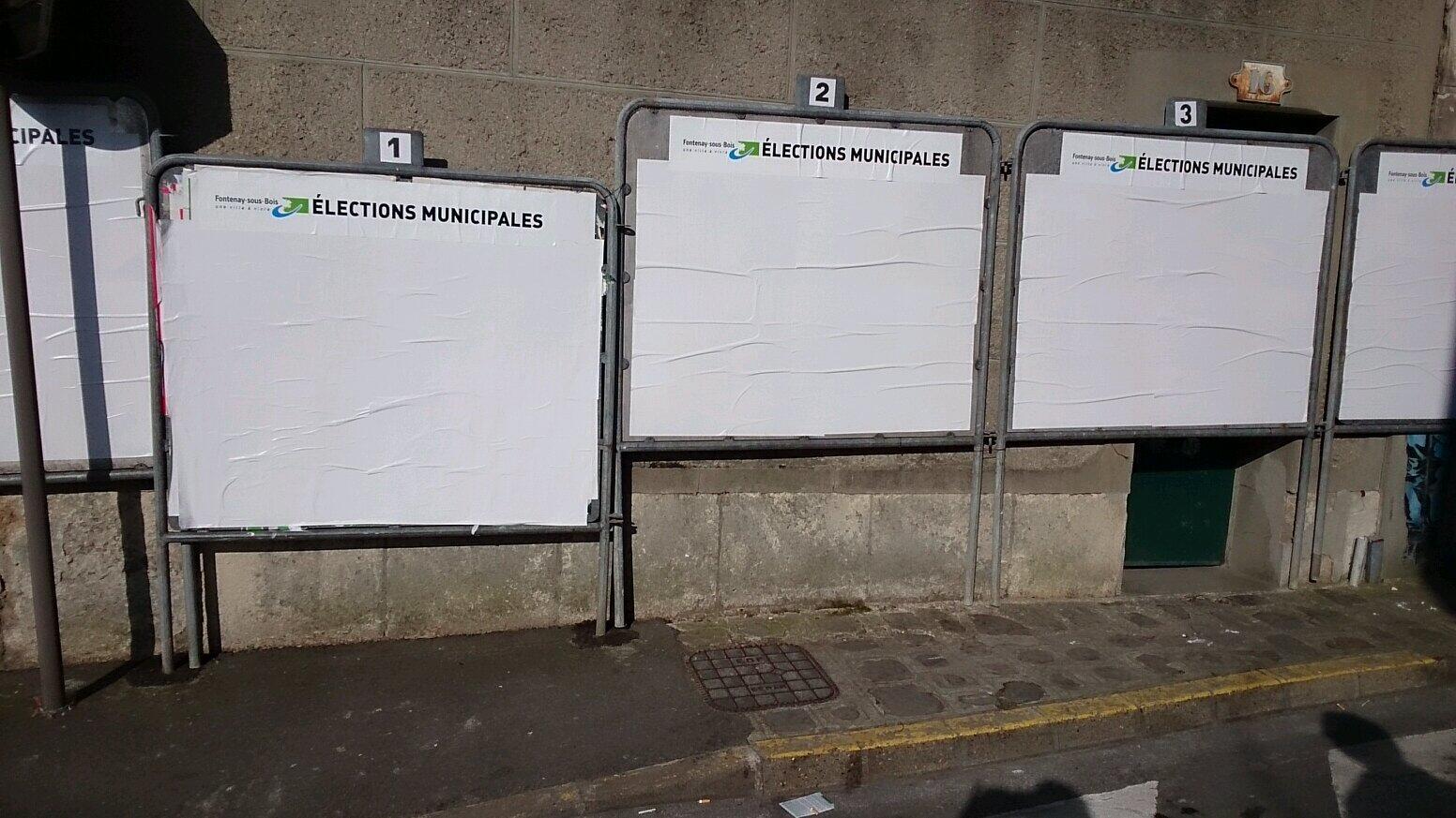 Utilisation frauduleuse des panneaux d'affichage officiel BiM4O-5IEAAFBQf